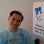 Dinu Maxer si-a facut implant de par la clinica doctorului Felix Popescu