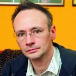 """Arhitectul de pantofi"", Mihai Albu, si-a facut implant de par!"