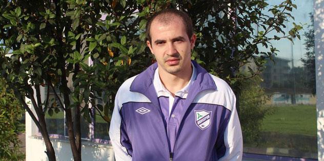 Bogdan Stancu cu chelie inainte de transplantul de par