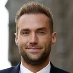 calum-best-after-hair-transplant-de-par